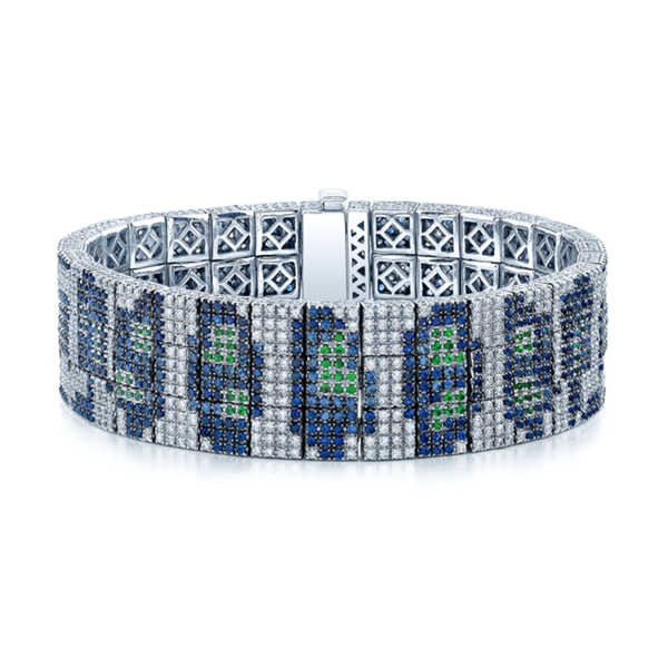 Estie G One-of-a-Kind 18k White Gold 7 1/3ct TDW Diamond Sapphire and Tsavorite Leopard Print Bracelet (H-I,